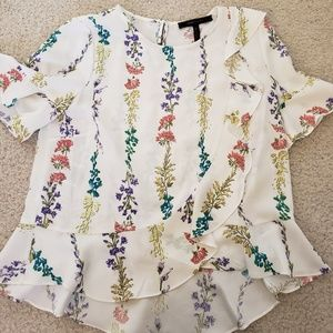 Bcbgmaxazria silky blouse xs cream with flowers